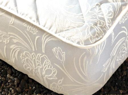 Cubre Colchón Modelo Hiedra blanco